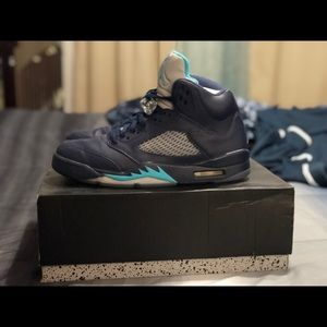 Jordan 5 Pre Grape